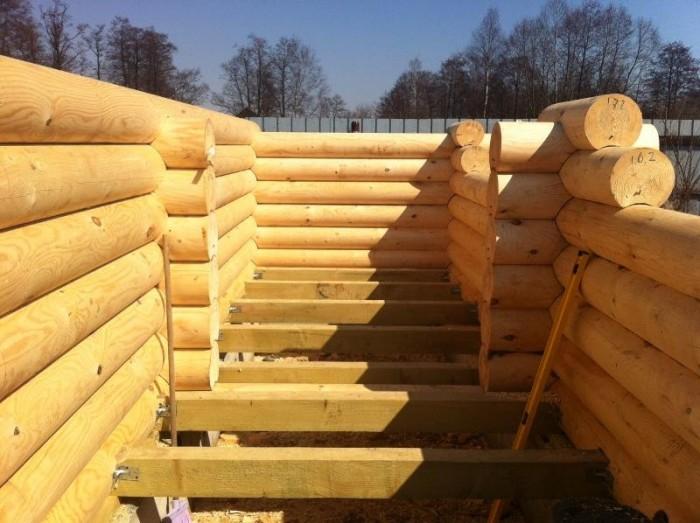 строительство бань из оциллиндрованного бревна
